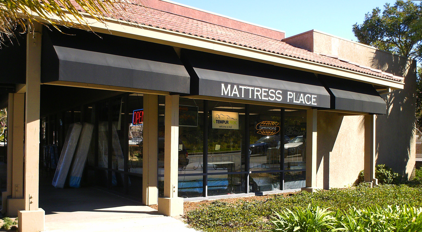 The Mattress Place storefront